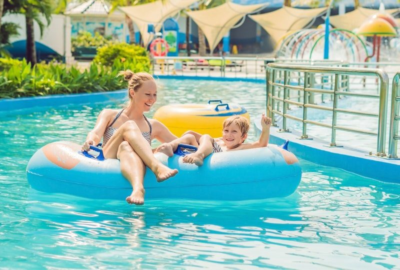 What You Need to Know Before Going to the Water Park With Your Kids