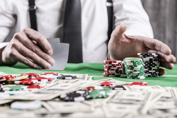 Tips to become a master Poker player