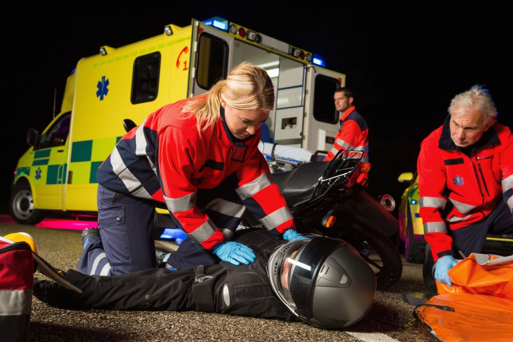 How to Help After a Road Accident: 7 First Aid Tips Everyone Needs to Know