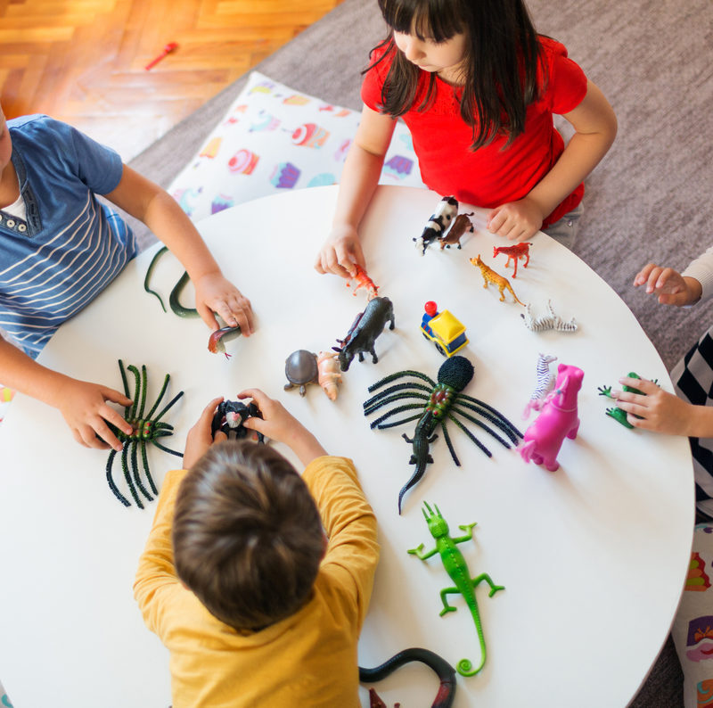 Daycare vs Preschool: The Pros and Cons for Parents