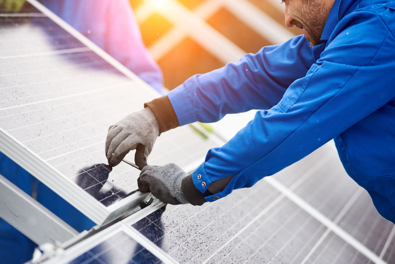 Choosing the One: How to Evaluate Local Solar Companies