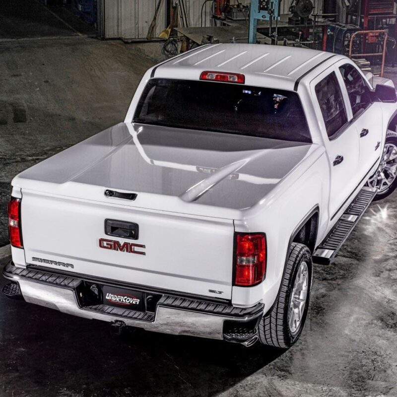 Top 7 Truck Bed Covers & Why You Need One This Summer