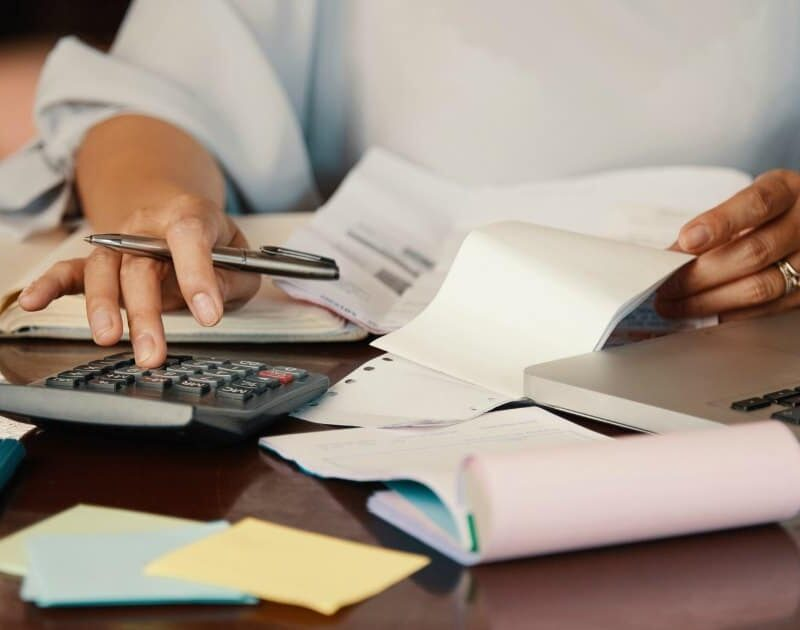 5 Practical Tips for Cutting Down Household Expenses